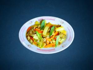 Stegte nudler med grøntsager
